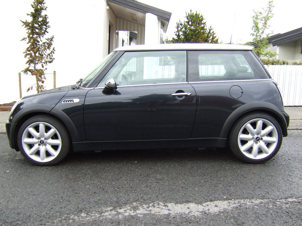 zveppi 2005 mini cooper specs photos modification info at cardomain. Black Bedroom Furniture Sets. Home Design Ideas