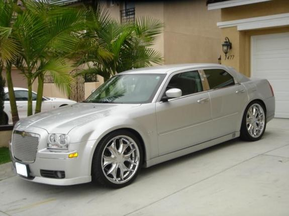 Another 300LiMiTeD 2005 Chrysler 300 post... - 8431407