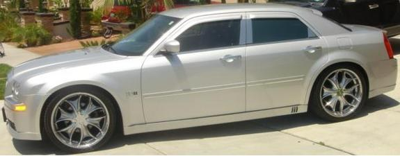 Another 300LiMiTeD 2005 Chrysler 300 post... - 8431409