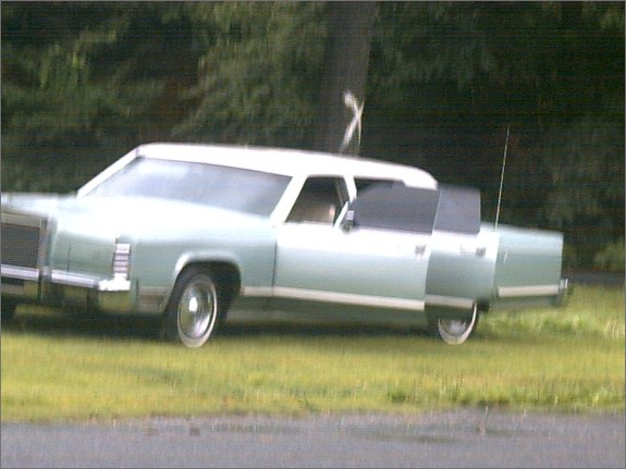 lincolnknight's 1977 Lincoln Town Car