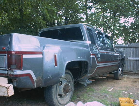 Another 1-heavychevy 1986 Chevrolet C-30 post... - 8456995