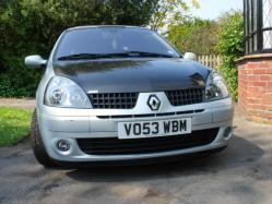 Leo529s 2003 Renault Clio