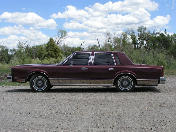 1982 Lincoln Town Car Related Infomation Specifications