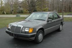 Smacktards 1991 Mercedes-Benz E-Class
