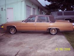 SMARTINEZs 1984 Cadillac Fleetwood
