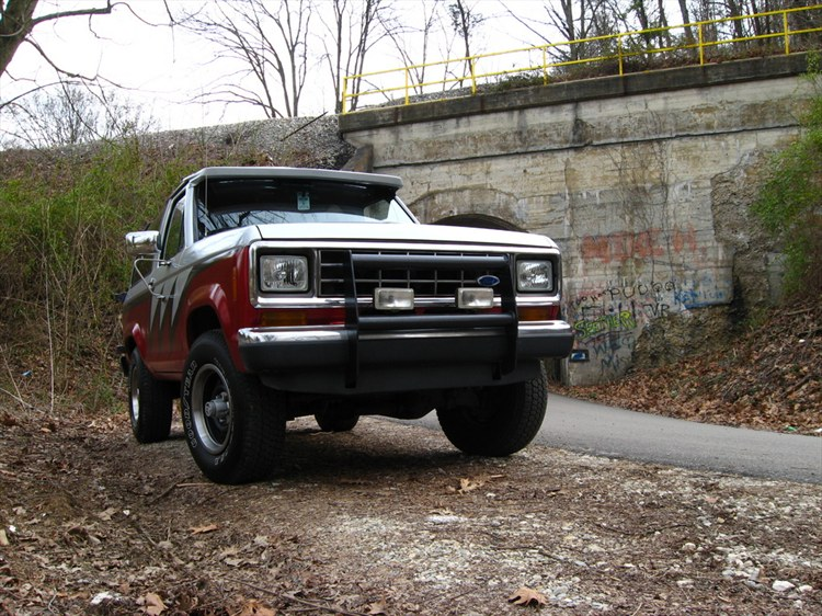 jfeve 1986 ford bronco ii specs photos modification info. Black Bedroom Furniture Sets. Home Design Ideas