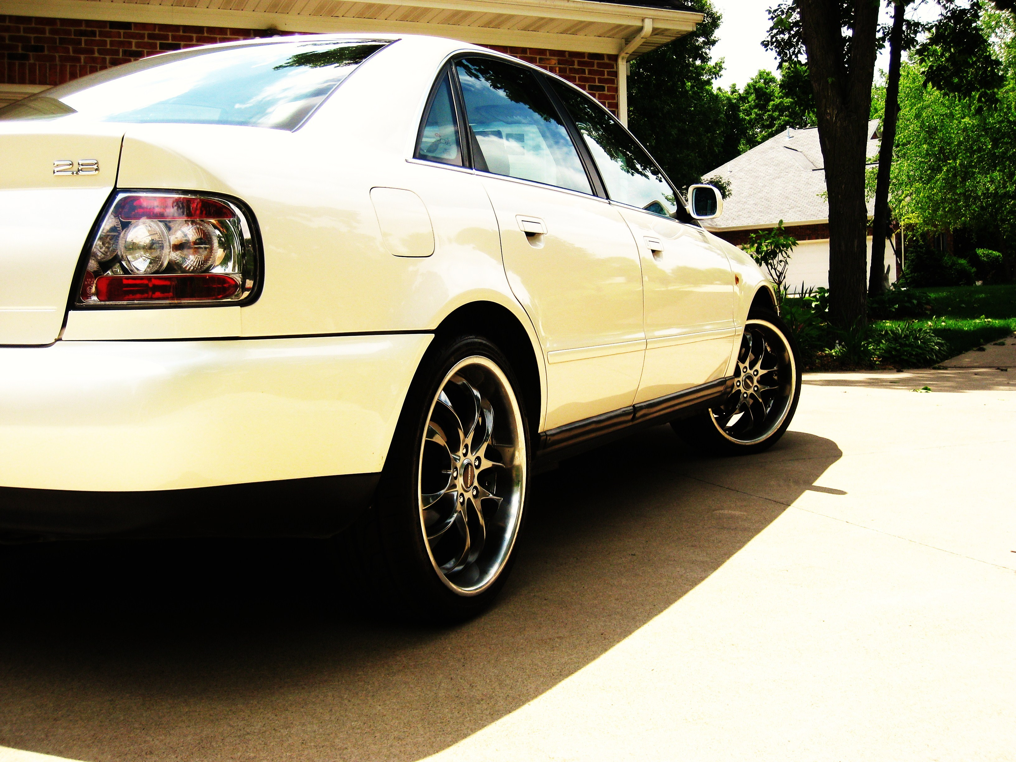 Another allintherims19 1998 Audi A4 post... - 8604231