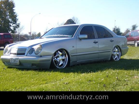 Another Amro-Induztryz 1996 Mercedes-Benz E-Class post... - 8621284