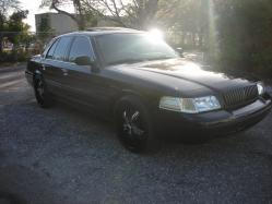 2005crownvics 2005 Ford Crown Victoria 