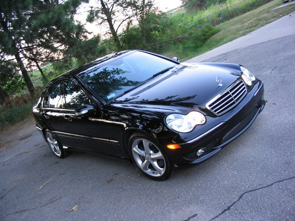 Another RaIgN 2006 Mercedes-Benz C-Class post... - 8632429