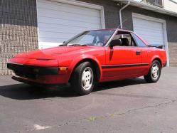 pinchvalves 1985 Toyota MR2