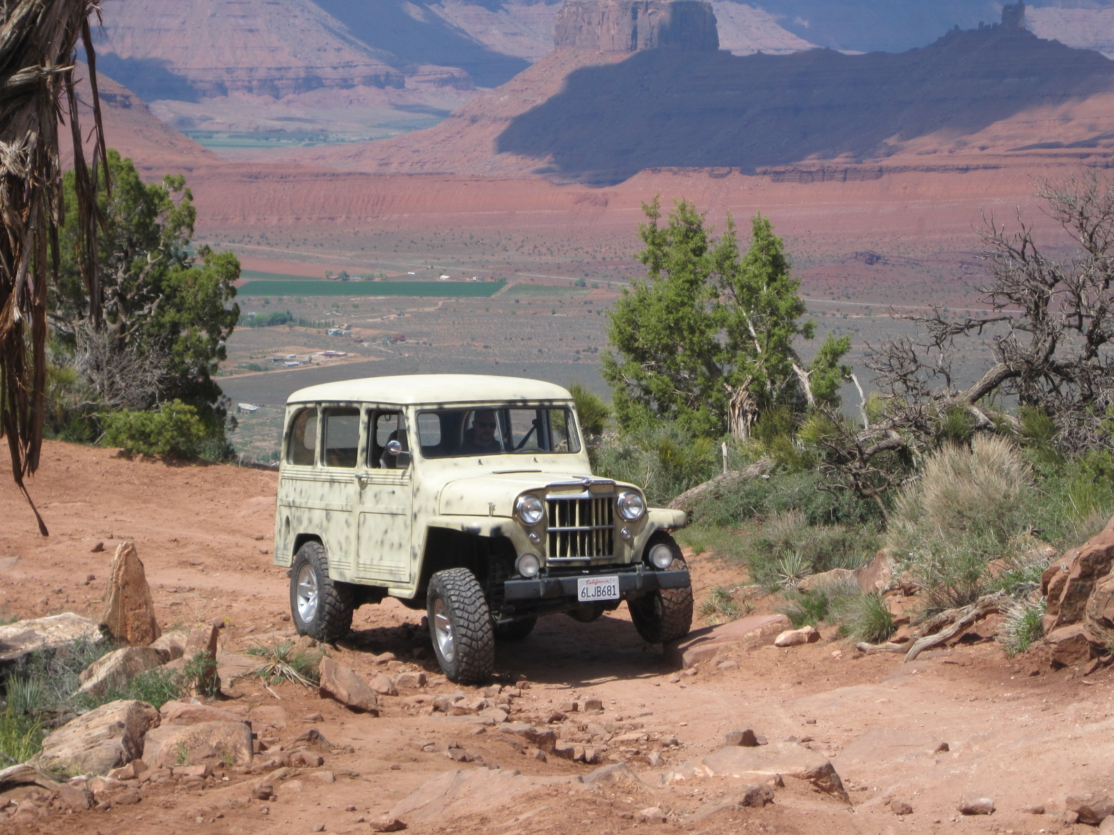 dimmwatt's 1957 Willys Wagon