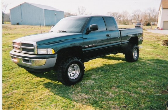 fanofthewwe 1998 dodge ram 1500 regular cab specs photos modification info at cardomain. Black Bedroom Furniture Sets. Home Design Ideas