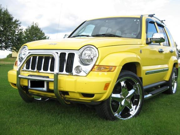 yellowliberty20 2006 Jeep Liberty 8679688