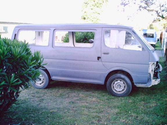 Another Snarfty 1990 Toyota HiAce post... - 9694914