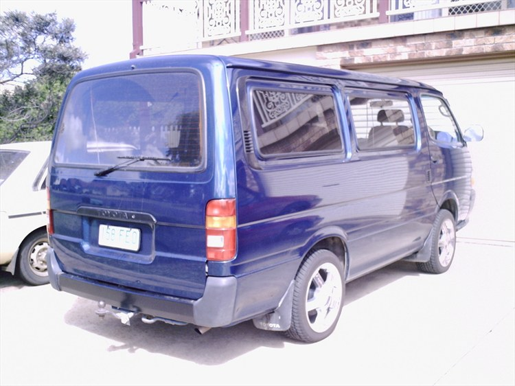 Another Snarfty 1990 Toyota HiAce post... - 9694923