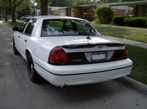 Typhoon5000 2000 Ford Crown Victoria Specs  Photos