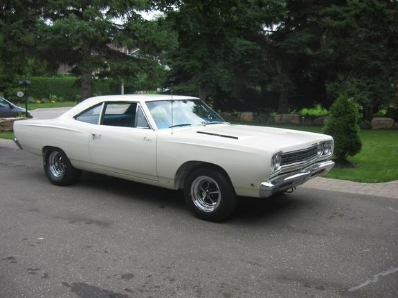 71stringray427's 1968 Plymouth Roadrunner