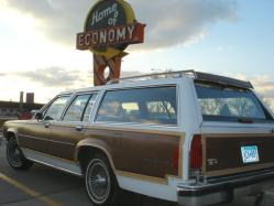 peniesandginas 1985 Ford LTD Country Squire