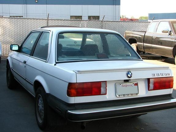 Kiznile 1987 BMW 3 Series 8744058