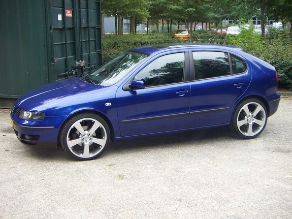 capoloconl 2001 seat leon specs photos modification info at cardomain. Black Bedroom Furniture Sets. Home Design Ideas