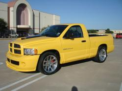 dark_faierys 2005 Dodge Ram SRT-10