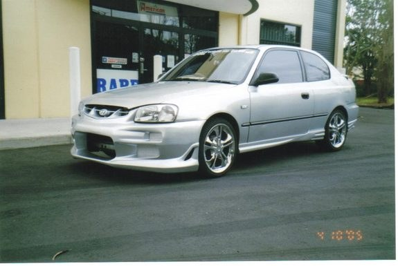 Another sexualthrills 2001 Hyundai Accent post... - 8761540