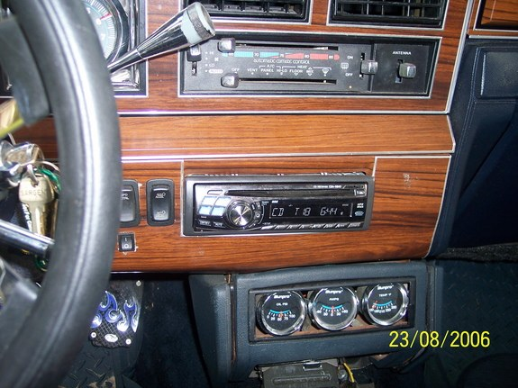 junior75 1989 lincoln town car specs photos modification info at cardomain. Black Bedroom Furniture Sets. Home Design Ideas