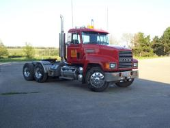 RichertE 1999 Mack Truck