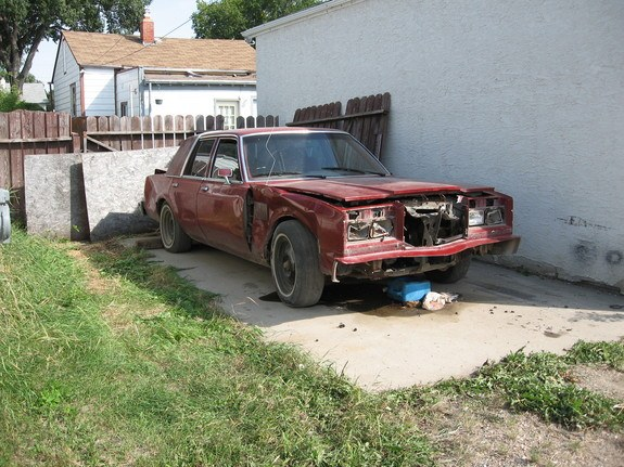 Another 19NeWyOrKeR82 1985 Chrysler Fifth Ave post... - 8836173