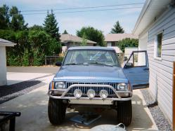 SuicidalPenguins 1989 Jeep Comanche Regular Cab