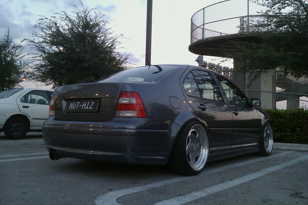 Another mc3bora 2003 Volkswagen Jetta post... - 8816359