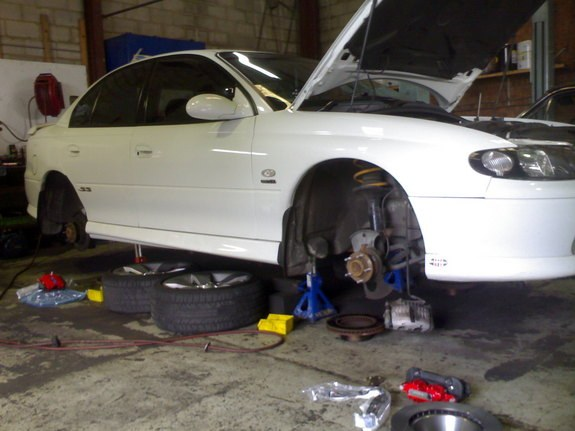 Another T_Kiwi 2001 Holden Commodore post... - 8822572