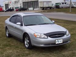 MVincents 2002 Ford Taurus