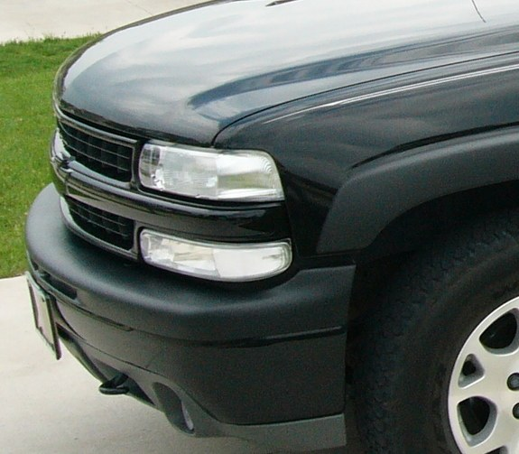 STP03TAHOE 2003 Chevrolet Tahoe Specs, Photos