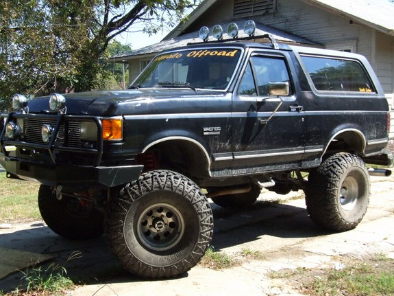 1990 Ford bronco tire size