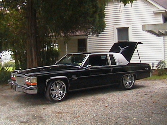 jordancaddy 1982 Cadillac DeVille Specs, Photos, Modification Info