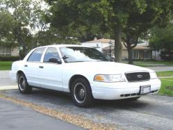 01P71vic 2001 Ford Crown Victoria