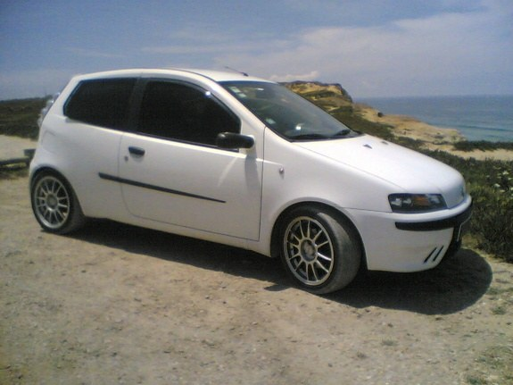 varejado 2000 fiat punto specs photos modification info at cardomain. Black Bedroom Furniture Sets. Home Design Ideas