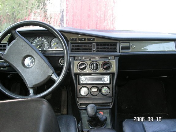 D E moreover Mercedes E Amg additionally Large in addition Pic further Pic. on 1987 mercedes 190e
