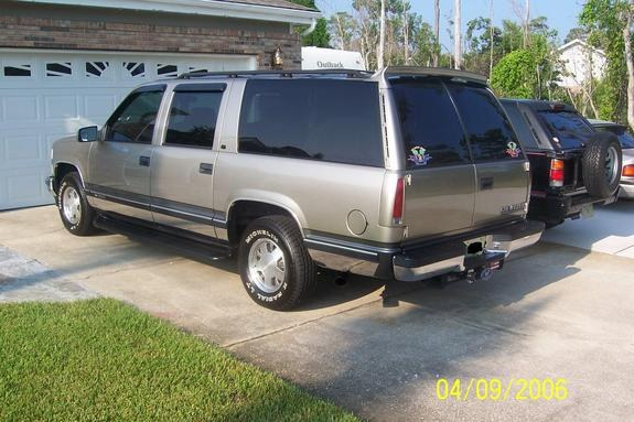 onekinelocalboy 1999 chevrolet suburban 1500 specs photos modification info at cardomain. Black Bedroom Furniture Sets. Home Design Ideas