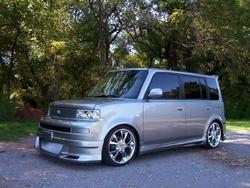 _Liz_Gyrl_s 2005 Scion xB