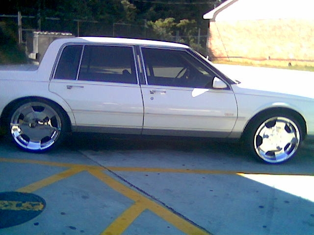 Another Demarcus911 1989 Oldsmobile 98 post... - 8922550