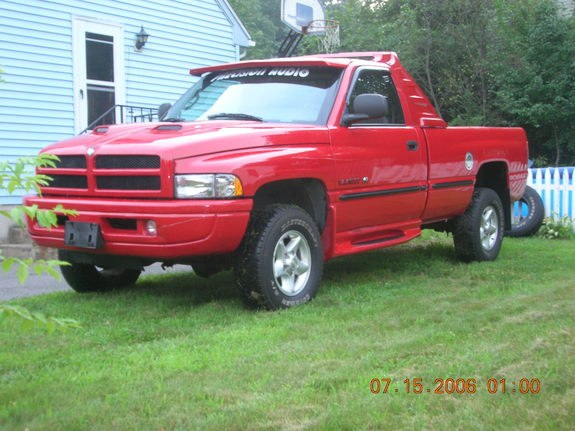 spinnystang 1998 dodge ram 1500 regular cab specs photos modification info at cardomain. Black Bedroom Furniture Sets. Home Design Ideas
