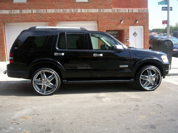 mike04max 2006 Ford Explorer
