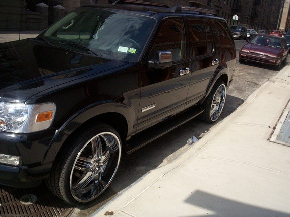 Another mike04max 2006 Ford Explorer post... - 8944381