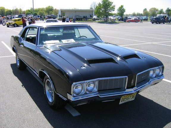 dan30thz28 1970 Oldsmobile CutlassSupremeCoupe2D Specs Photos