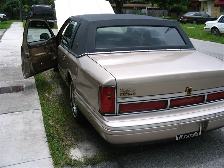 1992+lincoln+town+car+lowrider