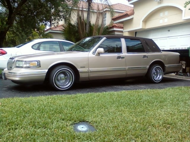 The Best Otomotif 96 Lincoln Town Car Lowrider
