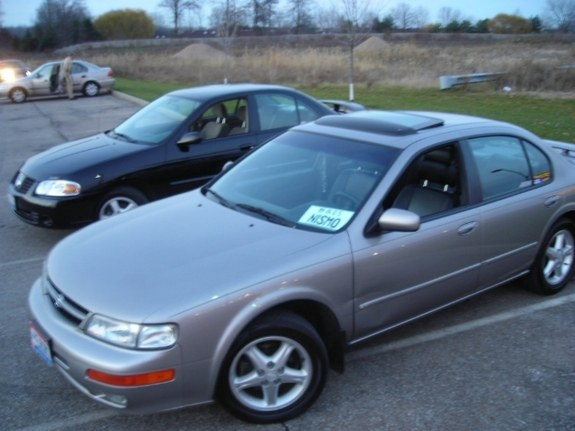 Another truff02 1998 Nissan Maxima post... - 8963633